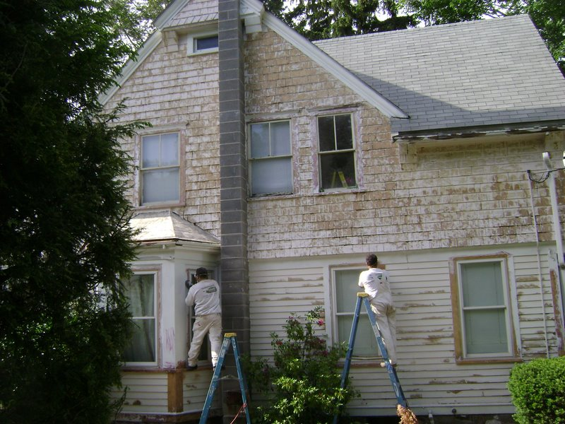 Island painting company ma interior and exterior painting contractors in ma house painters ma for Exterior painting wilmington ma